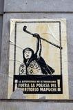 在一个房子的墙壁上的一张海报在圣地亚哥 库存照片