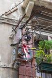 在一个房子的阳台的装饰在威尼斯,意大利 免版税库存照片