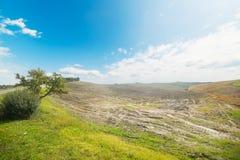 在一个托斯坎谷的多云天空 免版税图库摄影