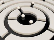 在一个抽象迷宫的球形 免版税库存照片