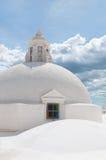 在一个教会顶部的圆的球形屋顶与 免版税库存图片