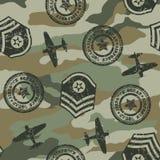 在一个无缝的样式的军事徽章 免版税库存图片