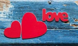 在一个木板的心脏 拟订日eps10问候例证s华伦泰向量 免版税库存图片