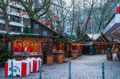 在一个正方形的圣诞节市场在汉堡 免版税库存照片