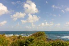 在一个海岛的迎风面的海景在加勒比 库存照片