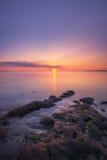 在一个海湾的五颜六色的日出在新泽西 免版税库存图片
