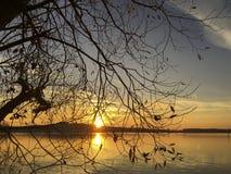 在一个湖的日落在柏林附近 库存照片