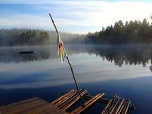 在一个湖的木筏在森林 库存图片