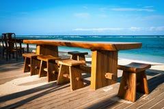 在一个热带海滩的咖啡馆 免版税库存照片