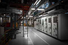 在一个现代热电站的管子 库存图片