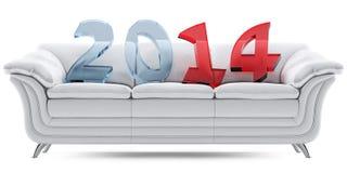 在一个白色皮沙发的2014个新年 免版税图库摄影