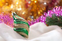 在一个空白背景的圣诞节玩具 免版税图库摄影