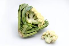 在一个空白背景的花椰菜 库存照片