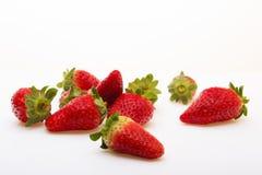 在一个空白背景的草莓 库存图片