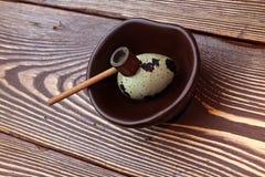 在一个空白背景的鹌鹑egg.isolated 免版税库存照片