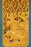 在一个窗口的装饰在Phra Kaew亭子在泰国 图库摄影