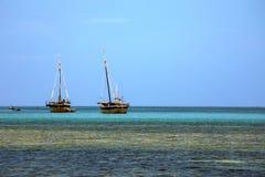 在一个美丽如画的海湾印度洋, Nosi的船是,马达加斯加 图库摄影