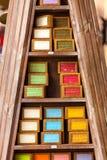 在一个美容院的手工制造肥皂在普罗旺斯法国 免版税库存照片
