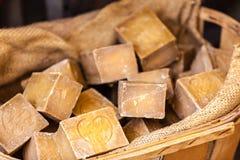 在一个美容院的手工制造肥皂在普罗旺斯法国 图库摄影