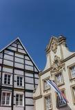 在一个老房子的地方旗子在瓦伦多尔夫 免版税库存照片