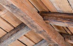 在一个老房子的木contruction 免版税库存照片