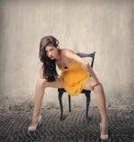 在一个肉欲的姿势的模型 免版税库存图片