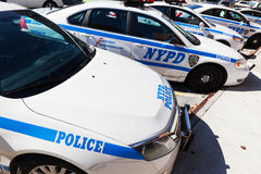 在一个警察局的警车在布朗克斯, NYC 库存照片