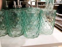 在一个透明玻璃容器的分配器肥皂的或为使用某事 图库摄影