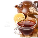 在一个透明玻璃杯子的红茶 免版税库存照片