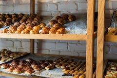 在一个面包店在卡法萨巴 免版税库存照片