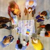 在一个项目的设计小组计划与颜色样片概念 免版税库存照片