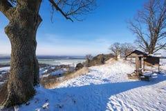 在一个晴天的冬天横向 库存图片