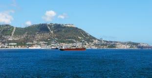 在一个晴天的直布罗陀从海湾 库存照片