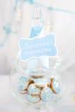 在一个玻璃瓶子的曲奇饼 免版税库存照片