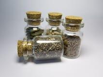 在一个玻璃瓶子的Chia有黄柏的 库存图片