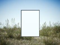 在一个绿色领域的白色框架 库存照片