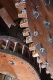 在一台功能荷兰风车的木齿轮 免版税库存图片