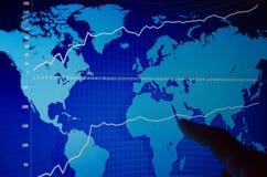 在显示器的股市图表 库存照片