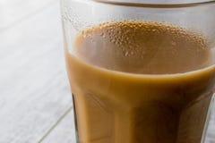 在一块大玻璃的Masala柴茶 免版税库存照片