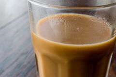 在一块大玻璃的Masala柴茶 免版税库存图片
