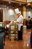在一块板材的切口鸭子在原始的全聚德餐馆在北京 库存图片