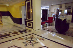 在一家现代旅馆的内部 免版税图库摄影