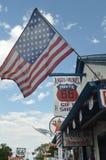 在一家礼品店的美丽的美国旗子在塞利格曼 图库摄影