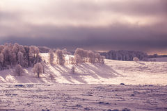 在一座山的冬天不可思议的场面在罗马尼亚 库存照片