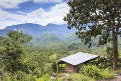 在一座山的小屋在泰国 免版税库存图片