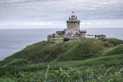 在一座沿海山的城堡 库存图片