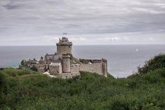 在一座沿海山的城堡 免版税库存照片