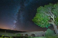 在一座石桥梁西班牙的银河 免版税图库摄影