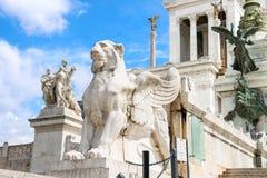 在一座纪念碑的雕象对胜者伊曼纽尔II 意大利罗马 库存照片