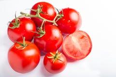 在一张木表的蕃茄 库存照片
